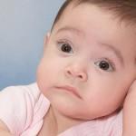 ¿Cómo sé si mi bebé tiene cólicos?